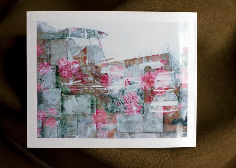 flower_wall_junk_W